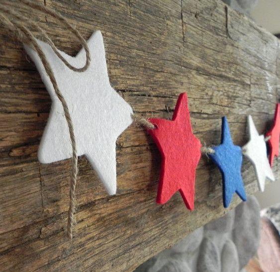 Guirnalda de Navidad con estrellas de fieltro Navidad Pinterest