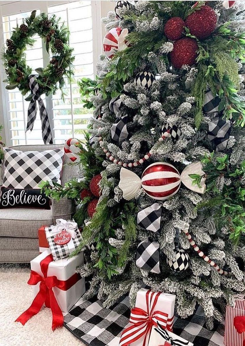 35 Amazing Christmas Tree Decoration Ideas You Must Try In 2020 Page 26 Of 34 Newyearlights Com Amazing Christmas Trees Christmas Tree Decorations Christmas Tree Themes