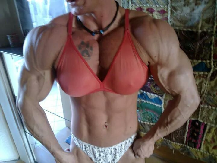 Pin by Dwayne Sims on Bodybuilding Muscle girls Gym girls Bodybuilding