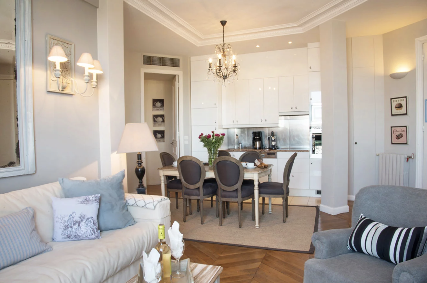 Paris 2019 With Images Parisian Interior Paris Accommodation House Makeovers