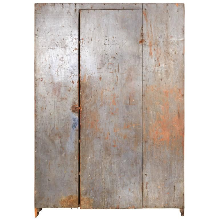 Large Antique Primitive American Cabinet With Original Paint In 2020 With Images Antiques Primitive Decorating Country Primitive