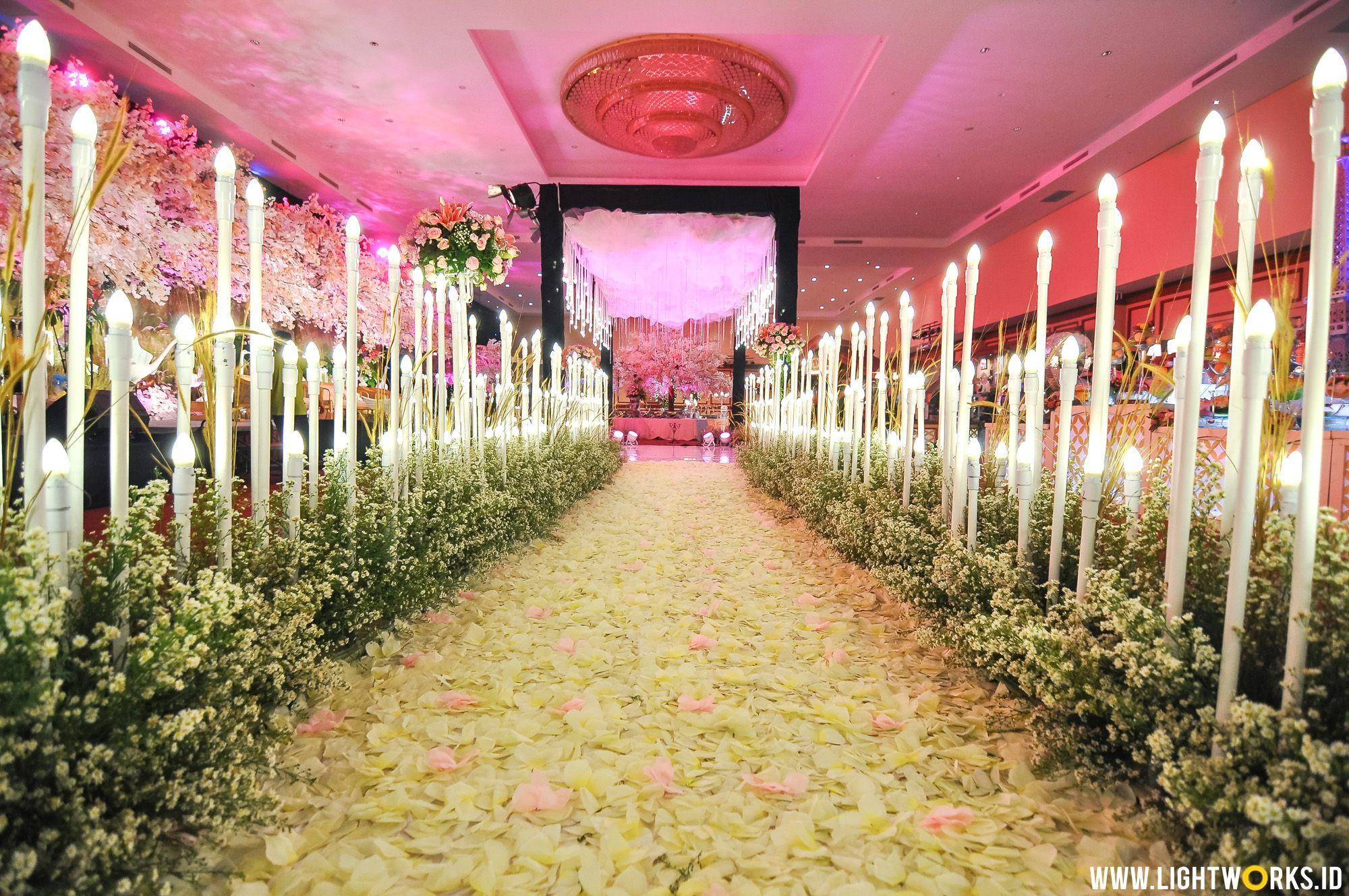 Asa and mahesa wedding reception venue at ijen suites resorts and asa and mahesa wedding reception junglespirit Images