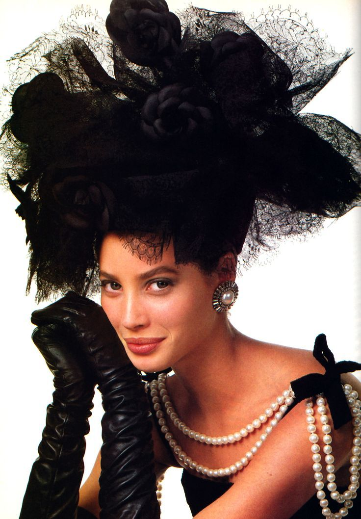 Christy Turlington  Vogue 97b00acd0734