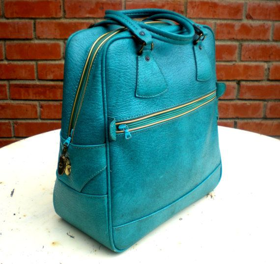 1950s Turquoise Travel Bag.