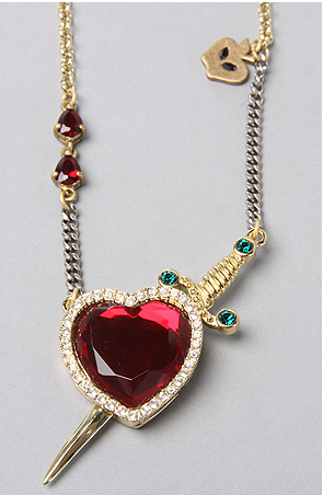 Couture Kingdom Disney Princesse Blanche Neige Snow White Heart /& Dagger C/œur Necklace Collier Pendentif Chaine