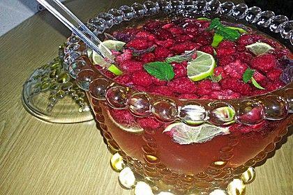Bacardi Razz Bowle #alcoholicpartydrinks