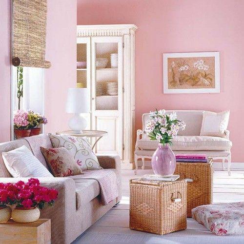 Met kleuraccenten zoals fucsia en lila zwak je het zachtzoete van de - Wohnzimmer Modern Lila