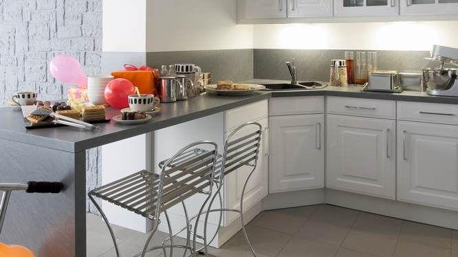 Comment repeindre l\u0027intérieur des placards de cuisine ? - comment peindre du carrelage de cuisine