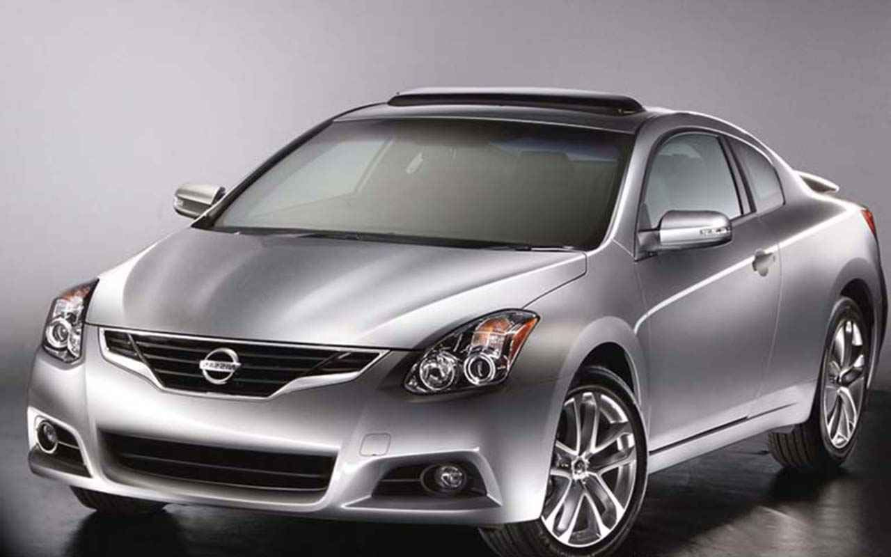 2020 Nissan Altima Coupe Reviews