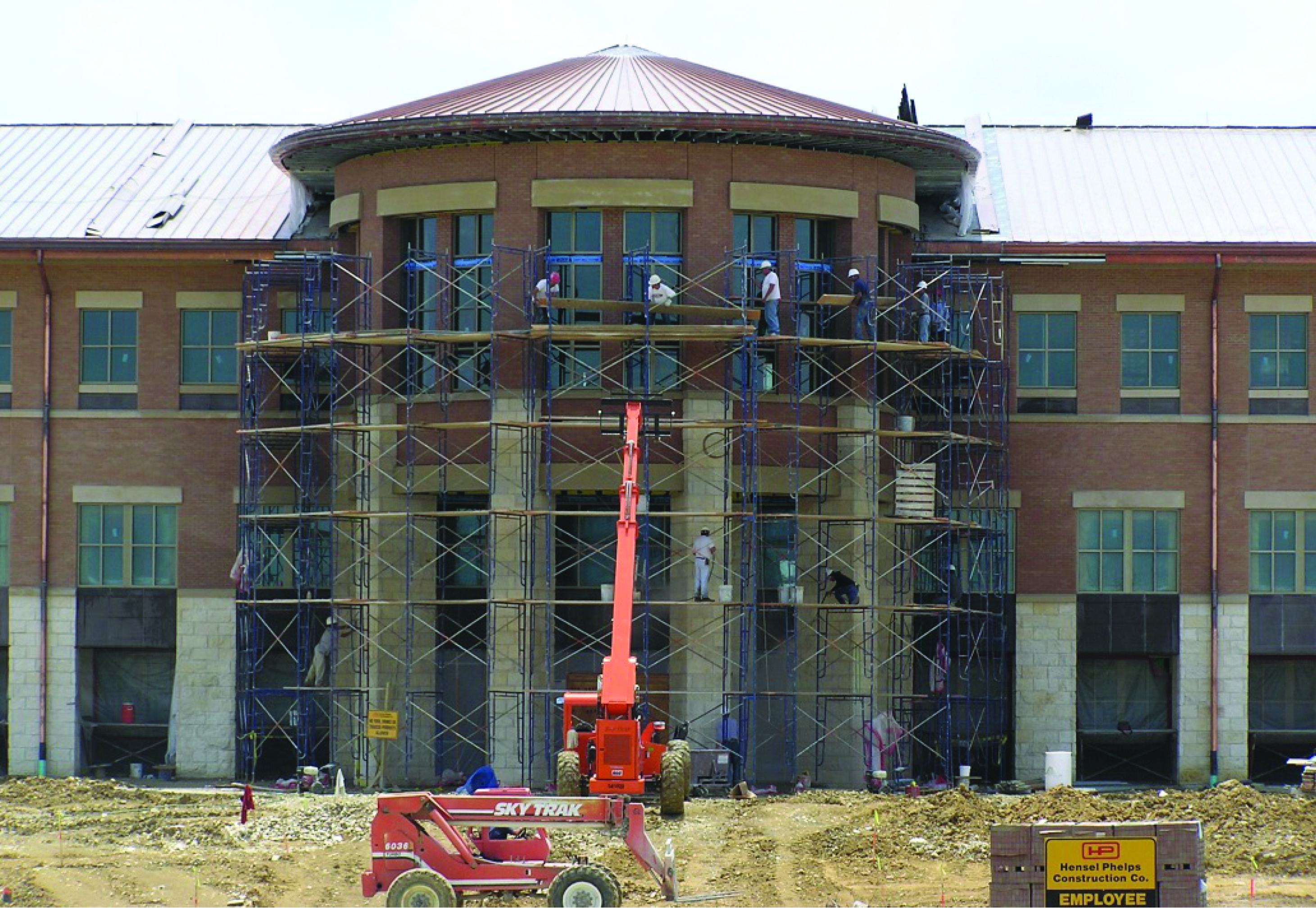 Construction of the avery building at the round rock