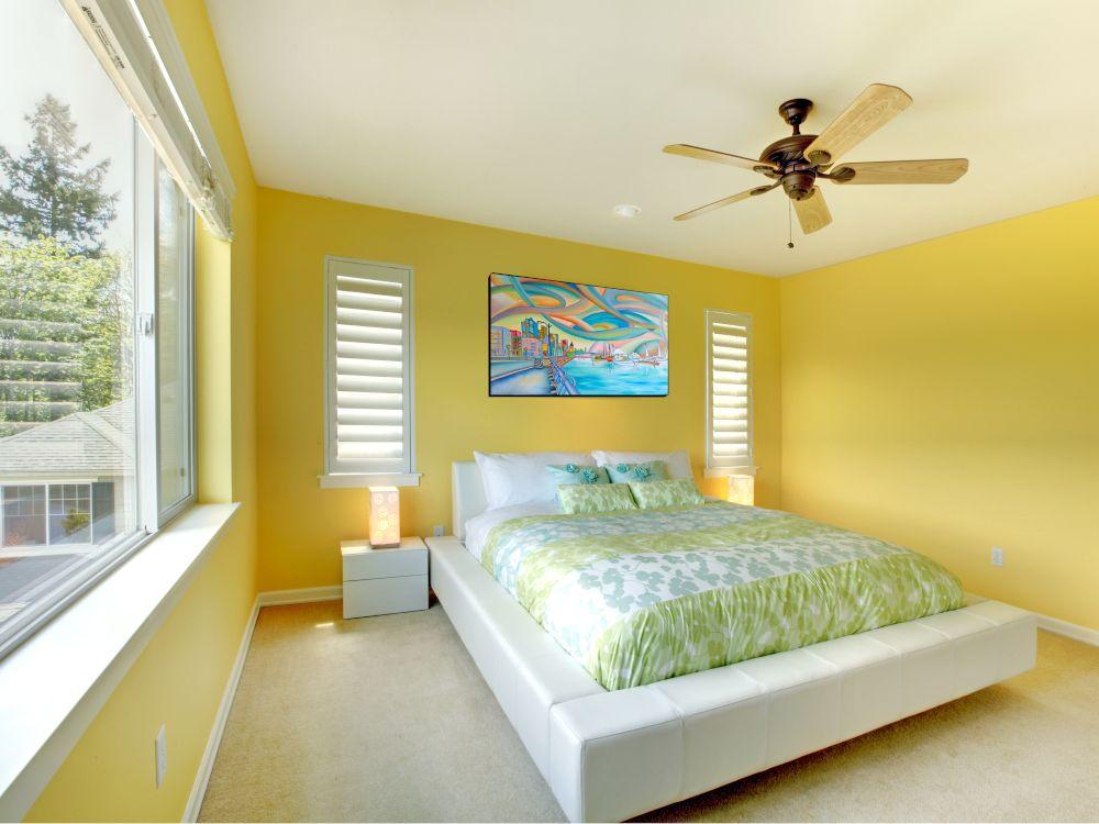 Mit dieser herzerwärmenden Farbe im Schlafzimmer kann