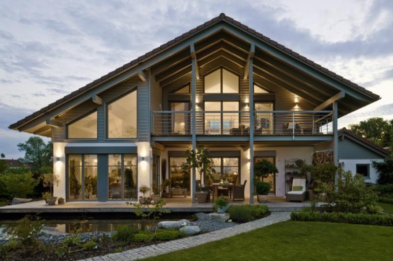 Un linguaggio formale, purista e chiaro offre possibilità di progettazione impensate per i singoli. Case In Legno Design Haus Italia Casa Landshut Architektur Haus Design Haus Bauen Haus Aussendesign