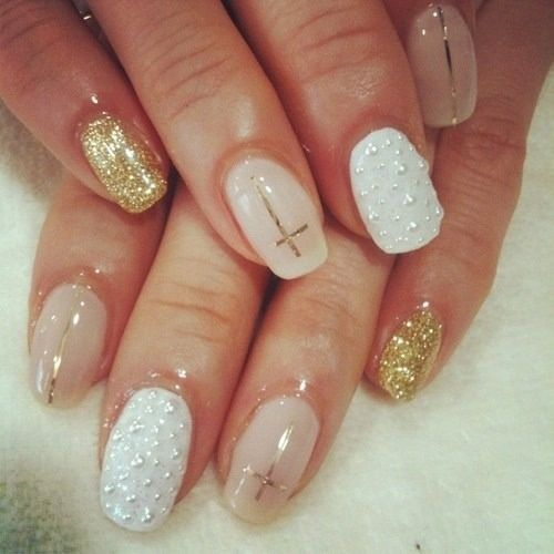 Sassy and pretty nail designs you must have cross nail art luv gold nails prinsesfo Gallery