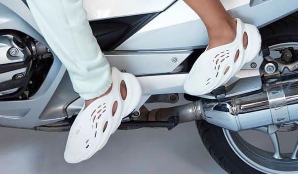 Kanye West Yeezy Crocs Foam Funner Complex Yeezy Foams Yeezy Kanye West Adidas Yeezy