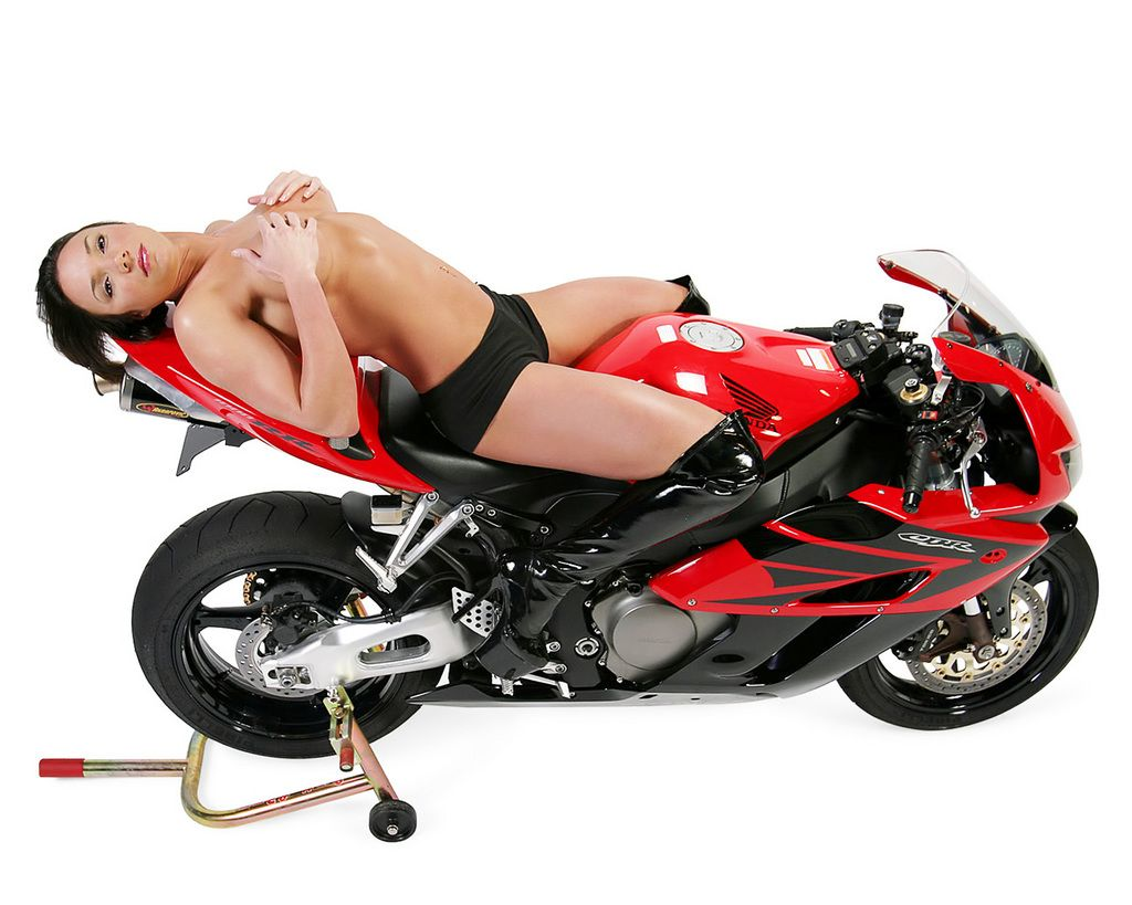 Modifikasi vespa super apps directories - Photos Of Hot Women And Motorcycles Thethrottle