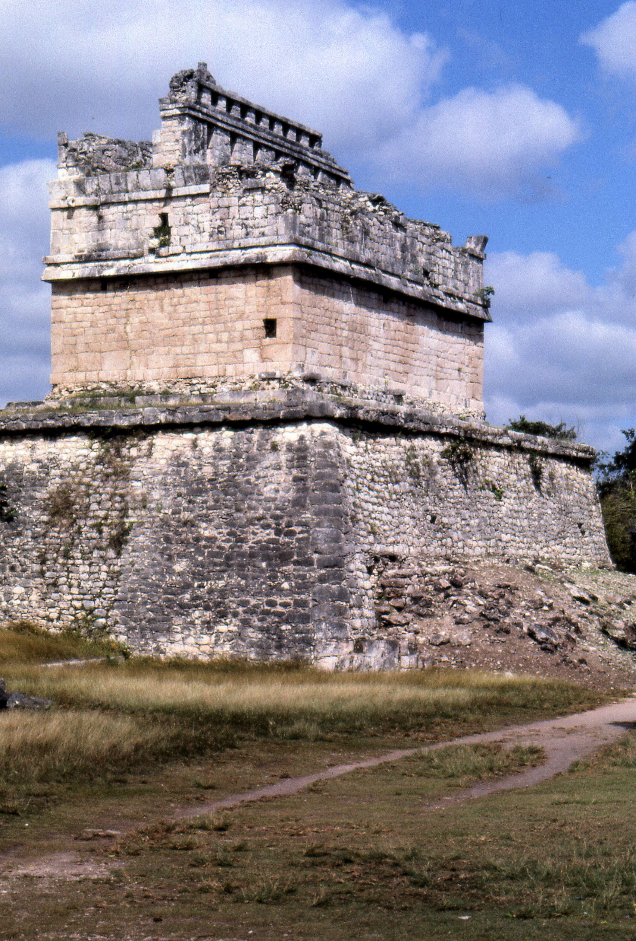 The Brilliant Ruins Of Chichen Itza Evidence A Dazzling
