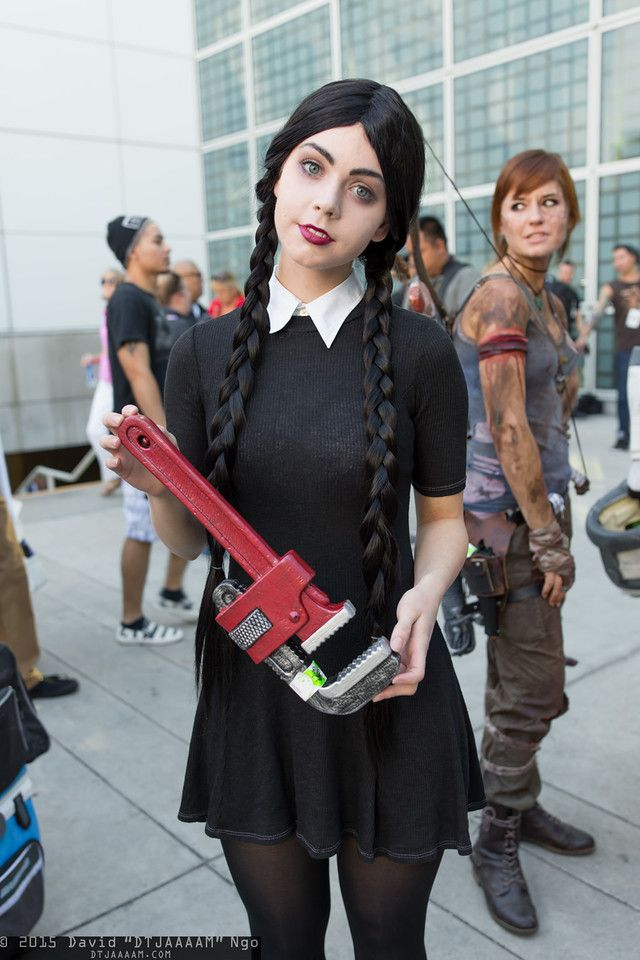 wednesday addams comikaze 2015 cosplay done well diy. Black Bedroom Furniture Sets. Home Design Ideas