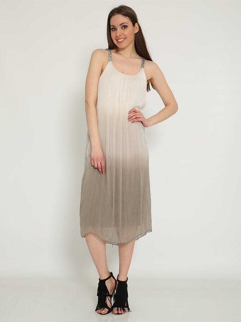 Pin από το χρήστη I Love SALES στον πίνακα Φορέματα   Midi Φορέματα ... 9437a43a219