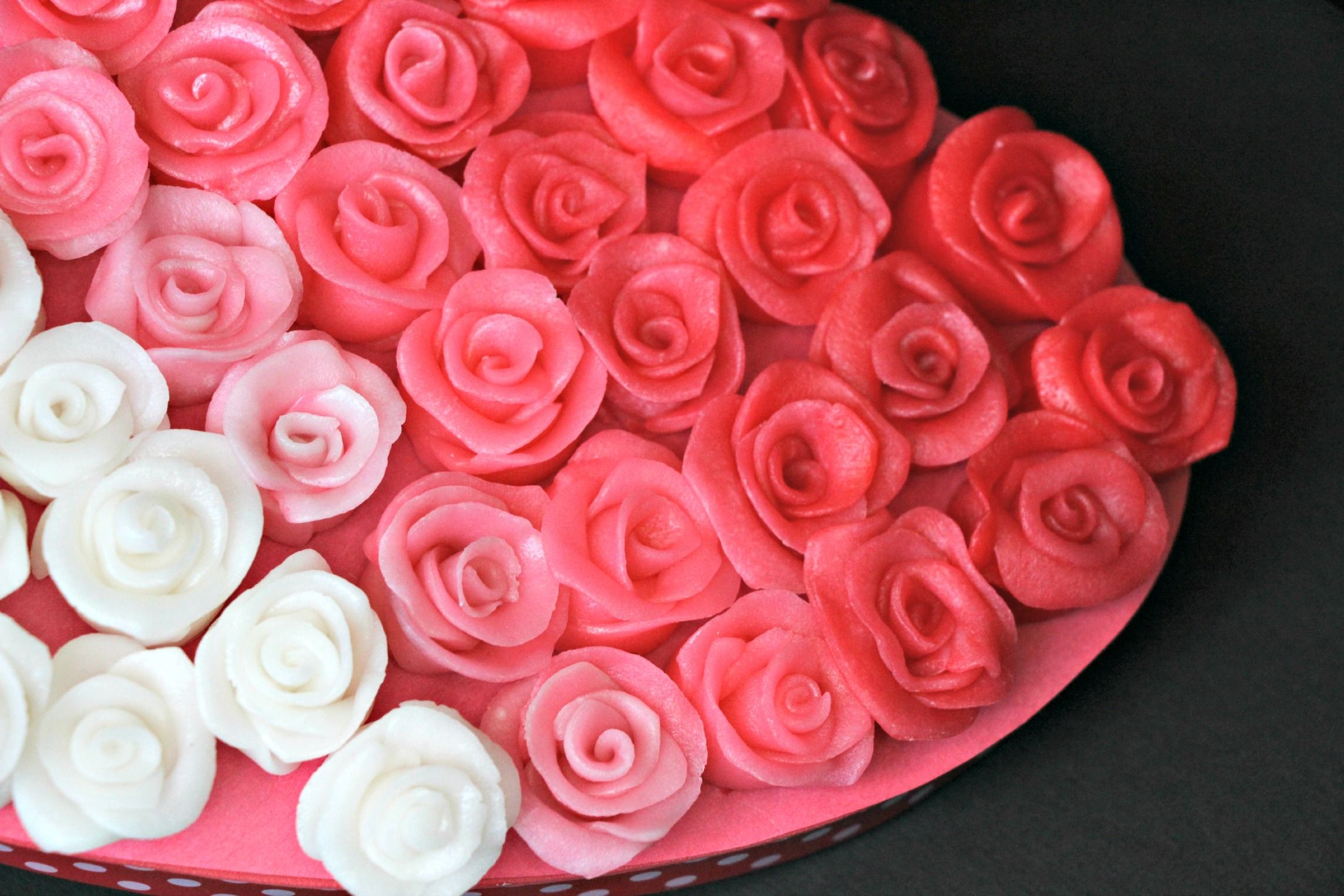 Decoration cheap roses for valentines day sending valentine decoration cheap roses for valentines day sending valentine flowers is a wonderful gesture izmirmasajfo Choice Image