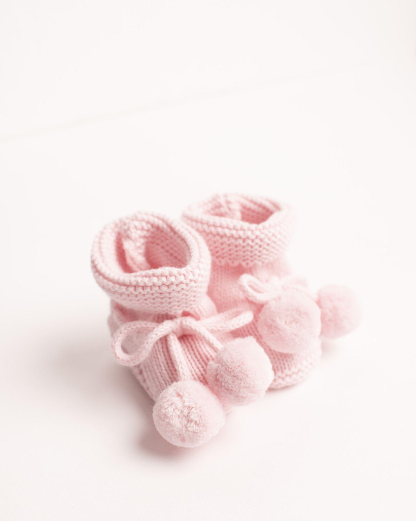 bb6b0a9ba Patuco de tricotosa en rosa bebé  neckandneck  essentialcollection ...