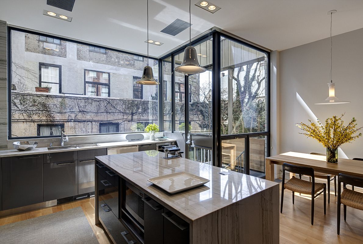Hansen Residence: Modern Brooklyn Townhouse Architecture and ...