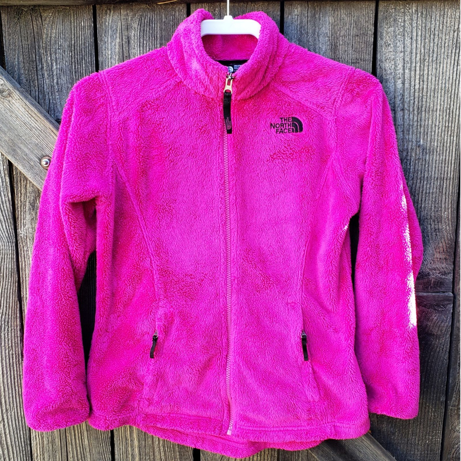 The North Face Osolita Fleece Hot Pink Jacket Girls Youth Large 14 16 Gently Used In Great Condition Zip Up Closure With Tw Pink Jacket Jackets Girls Jacket [ 1600 x 1600 Pixel ]
