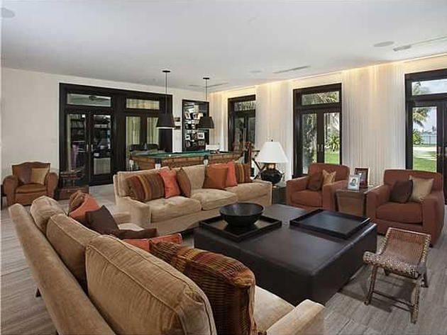 Matt Damon's luxurious mansion @ Biscayne Bay, Miami Beach (USA)