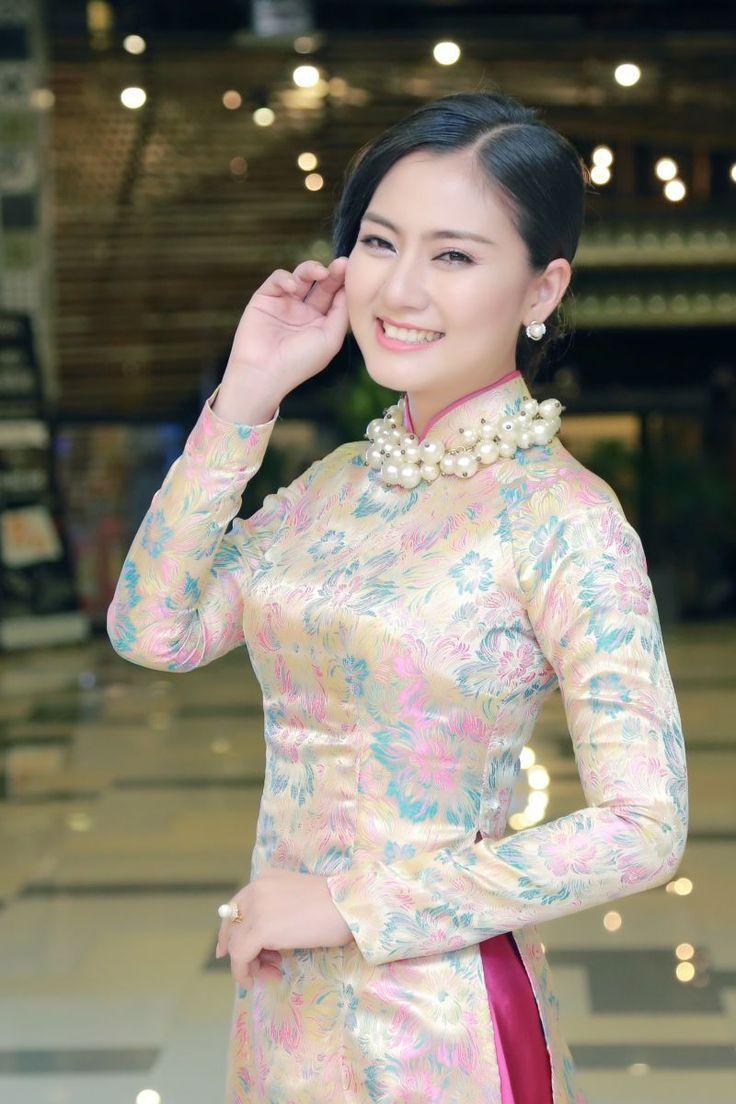 Pin by tuan tran on beauty pinterest ao dai asian and asian ladies