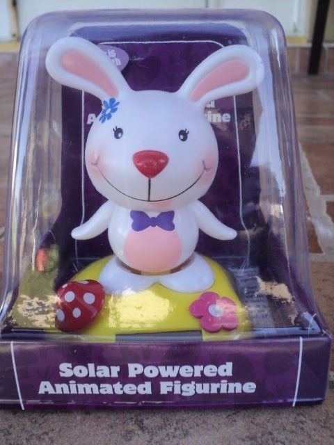 SOLAR POWERED DANCING EASTER BUNNY