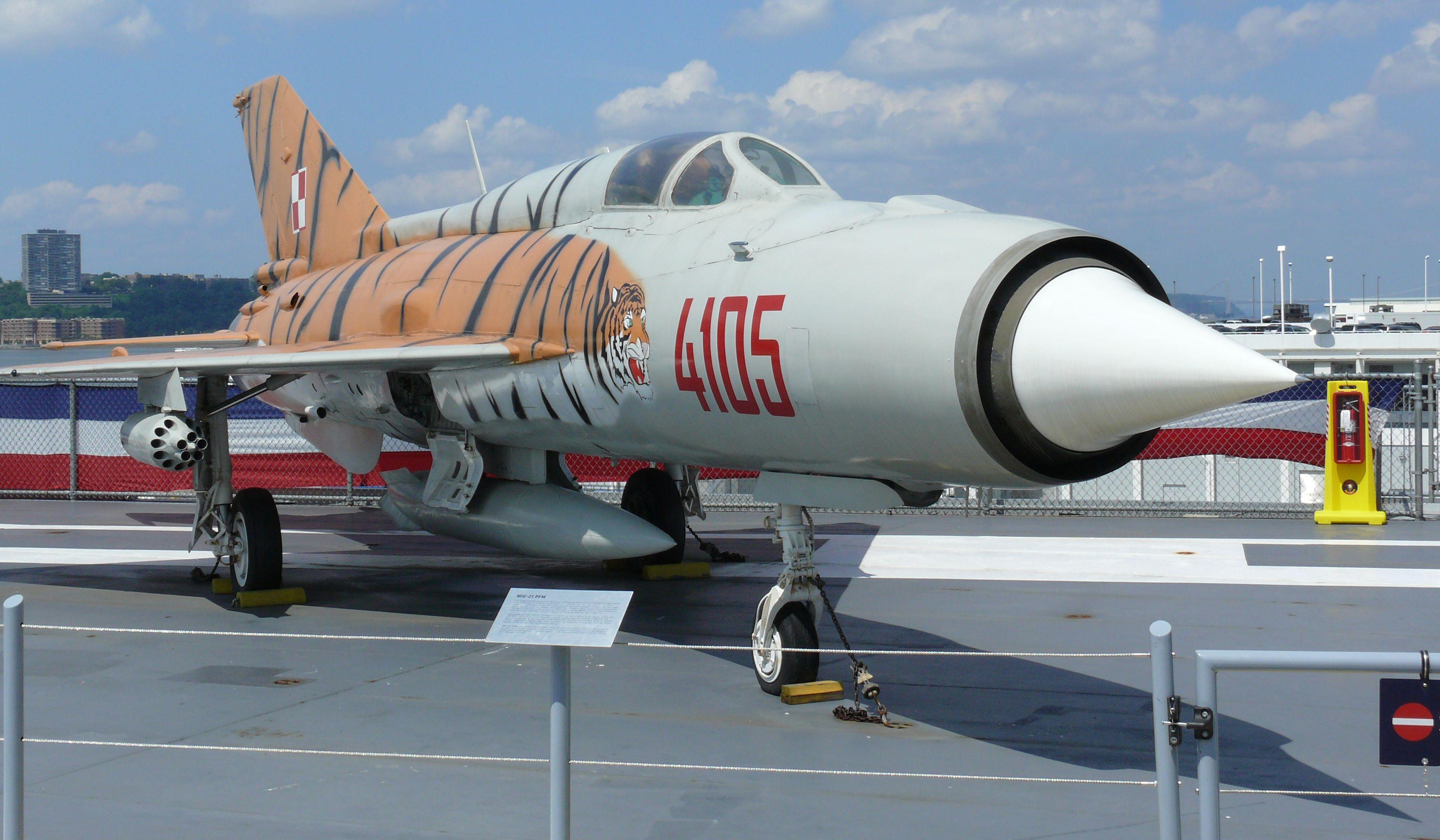 Mig-21 PFM Tiger Scheme