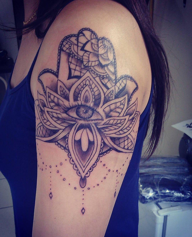 Hamsa Tattoo Hamsa hand tattoo, Hippie tattoo