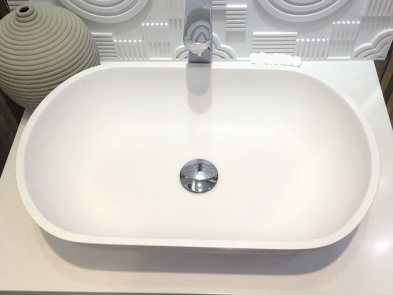 The Samba Basin has a modern rectangular shape that adds another dimension to a contemporary design.
