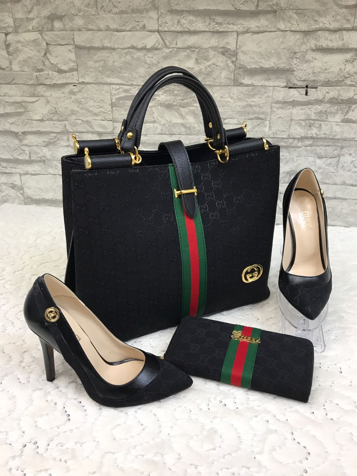 Free shipping Gucci set 3 pieces handbag shoes and wallet high-quality  replica GG fabric comes in a transparent nylon bag and white box for shoes  without a ... 83bb8729f4cbc