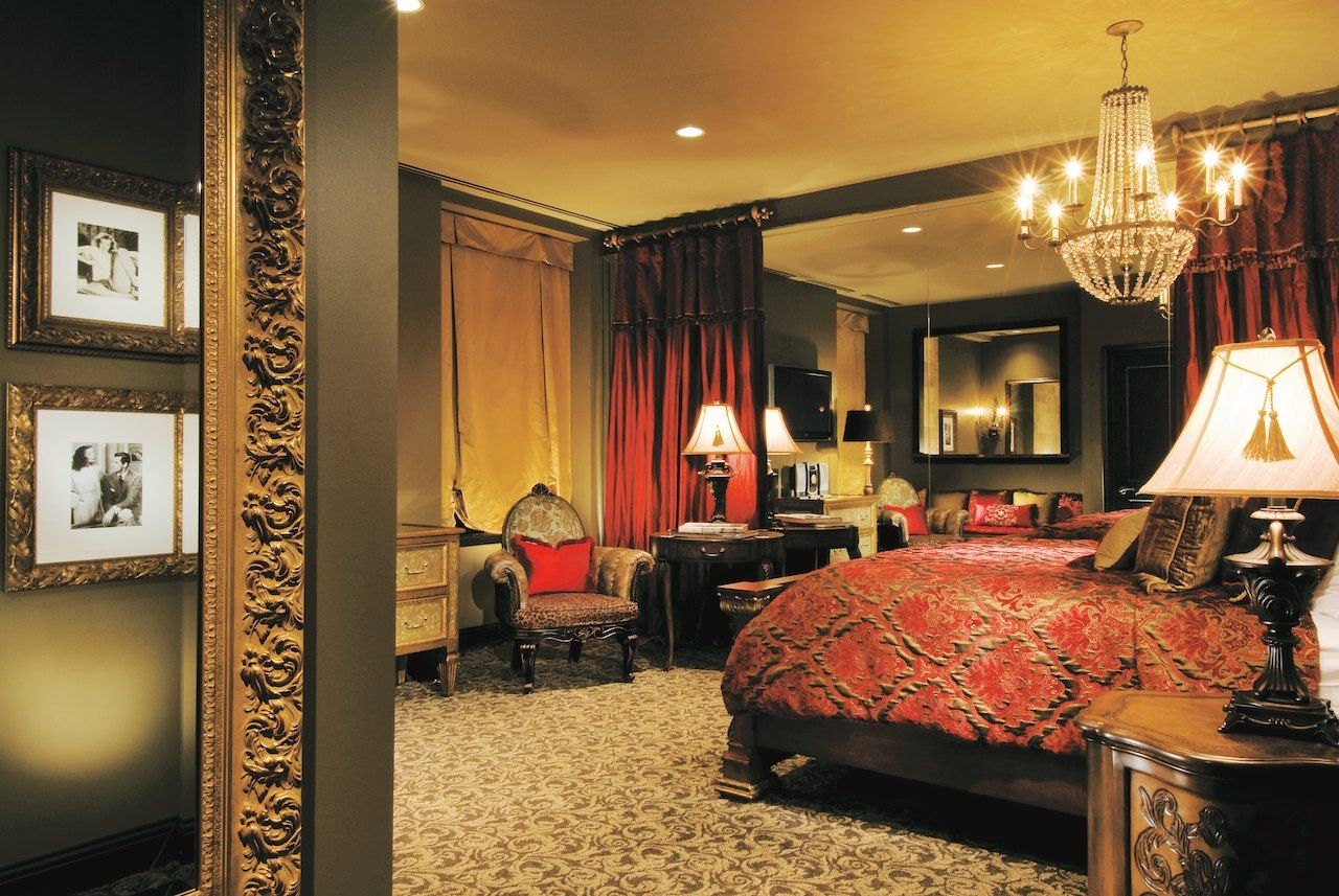 An Affair To Remember Concept Suite This Is One To Completely Sweep You Or Your Special Guest Off Your Feet With Home Decor Bedroom Themes Houston Hotels
