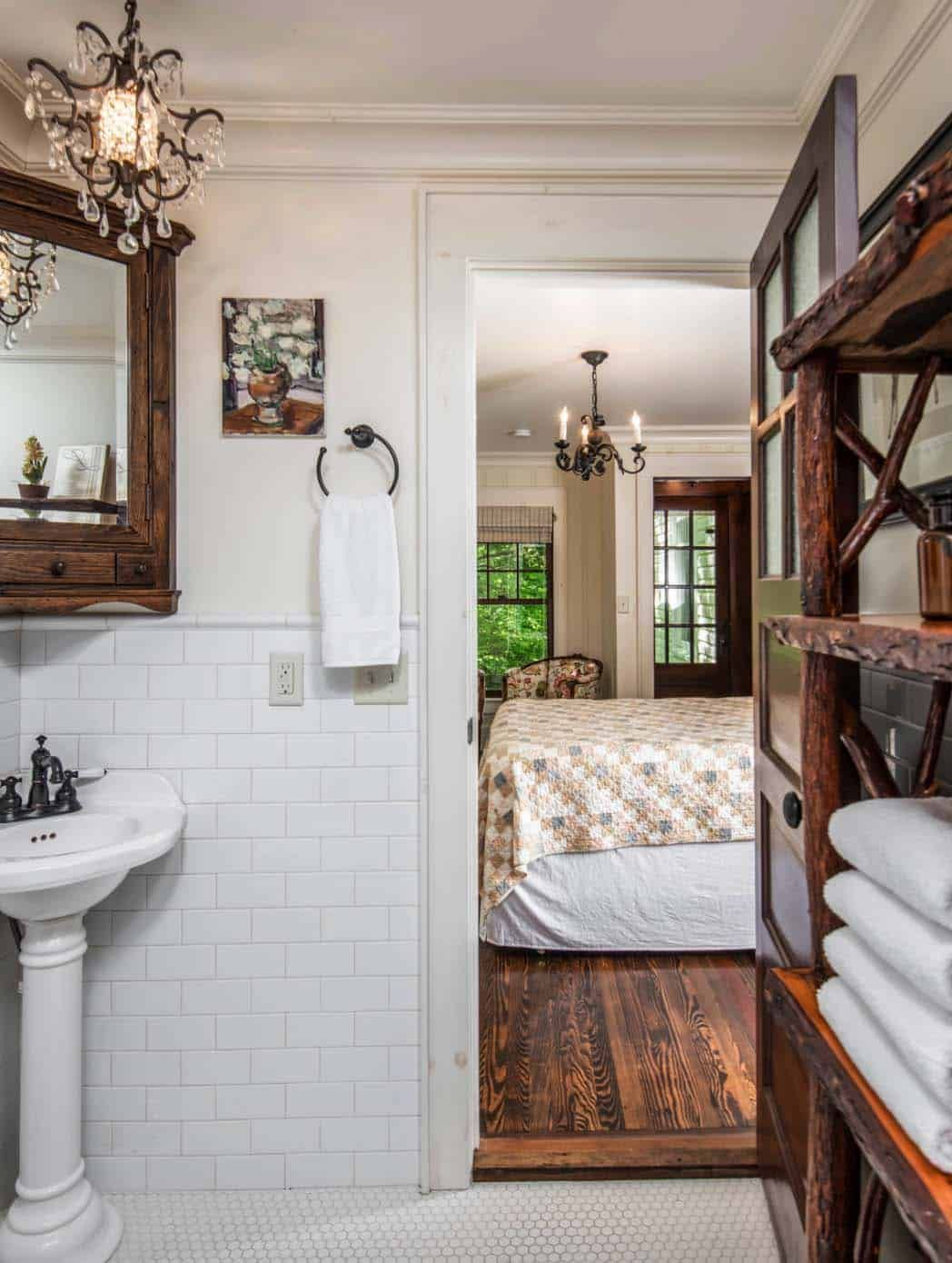 Victorian Farmhouse In Georgia Gets Transformed With Charming Details Farmhouse Renovation Victorian Farmhouse Country Farmhouse Decor