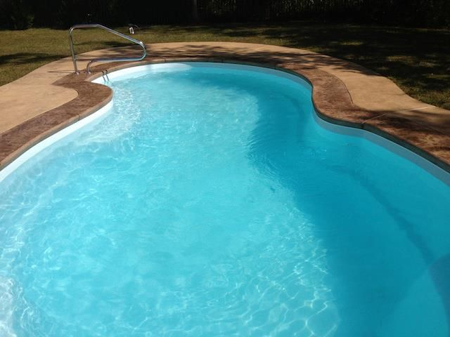 Fiberglass Pool with Concrete Deck, colored Border by Rock ...