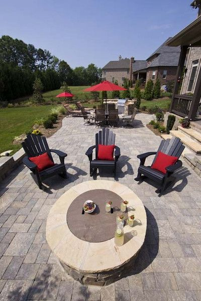 professional hardscapes contractor and outdoor living design and