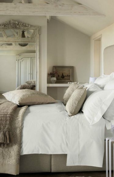 Guest room idea - <3 these soothing, earthy colors.  How could your guest do anything but relax and unwind?