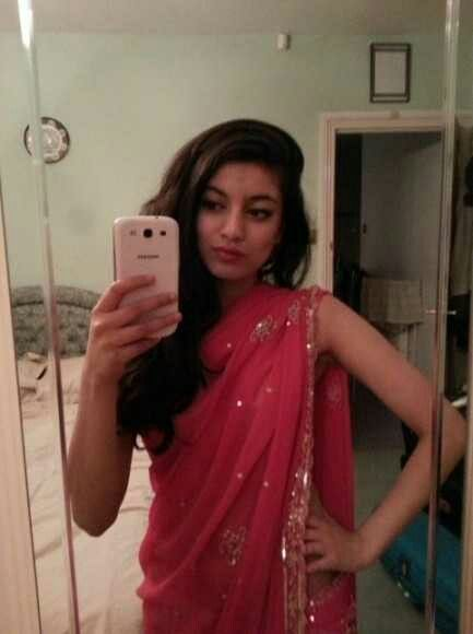 Pin By Vinay On Horo Saree Girls Selfies Indian Girls