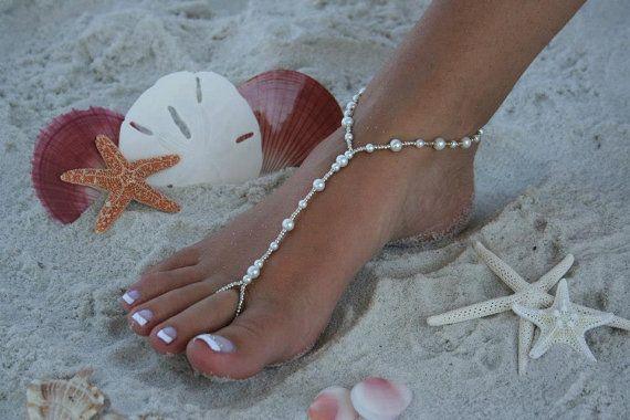 Celebrity Glamorous Barefoot Naked Women Pics