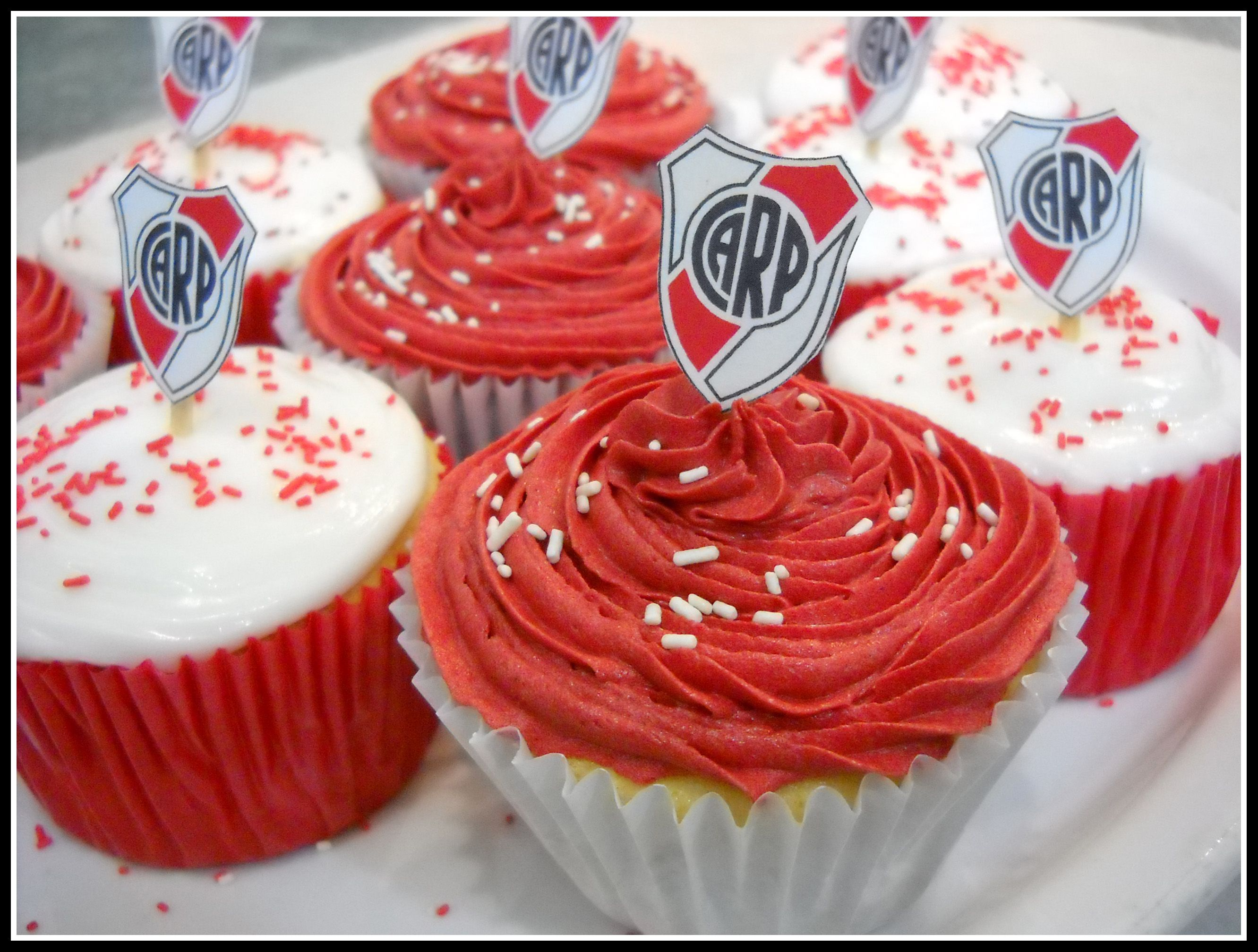 River Plate Cupcakes