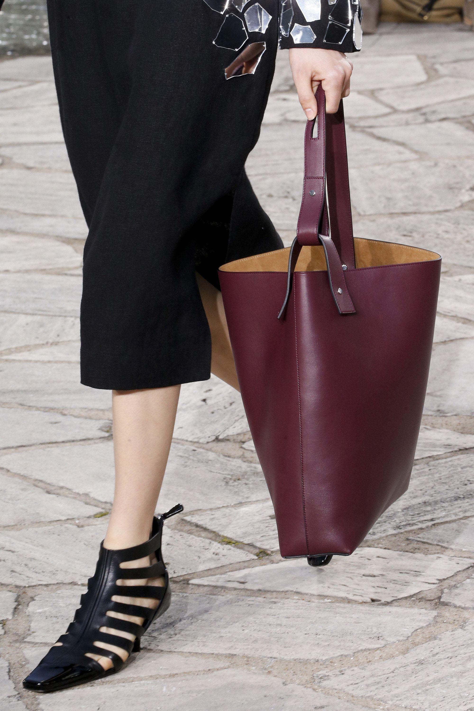 Paris Moda Haftası Çanta Modelleri