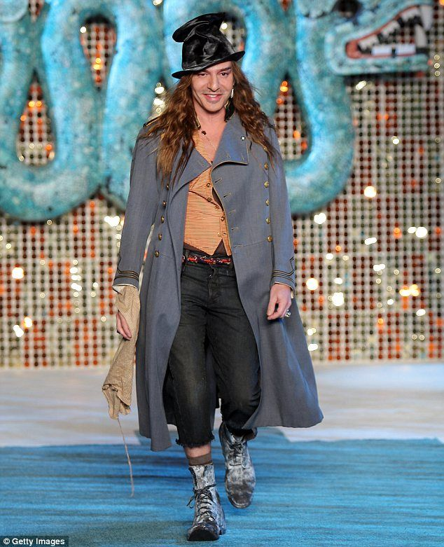 Fashion Editor S Story Of Distressing Clothes For John Galliano Clothes Distressed Outfit Fashion