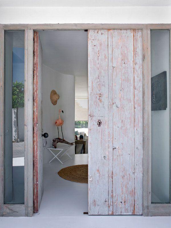 Puertas de entrada en 2019 doors puertas de entrada for Puertas de entrada de aluminio rusticas