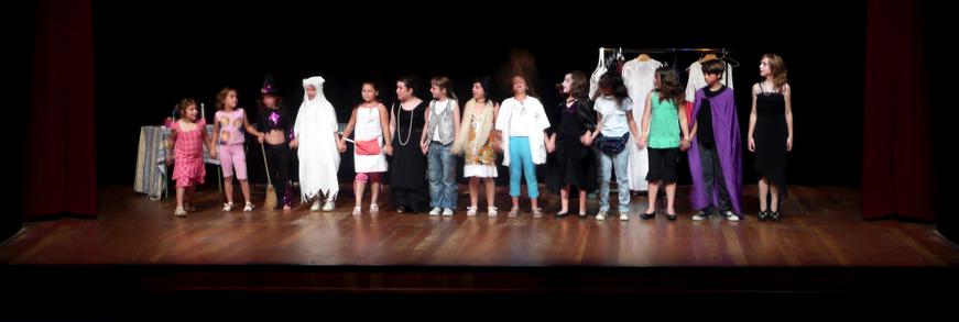 Obres De Teatre Per A Nens En Català Castellà I En Anglès Teatro Oral Lengua