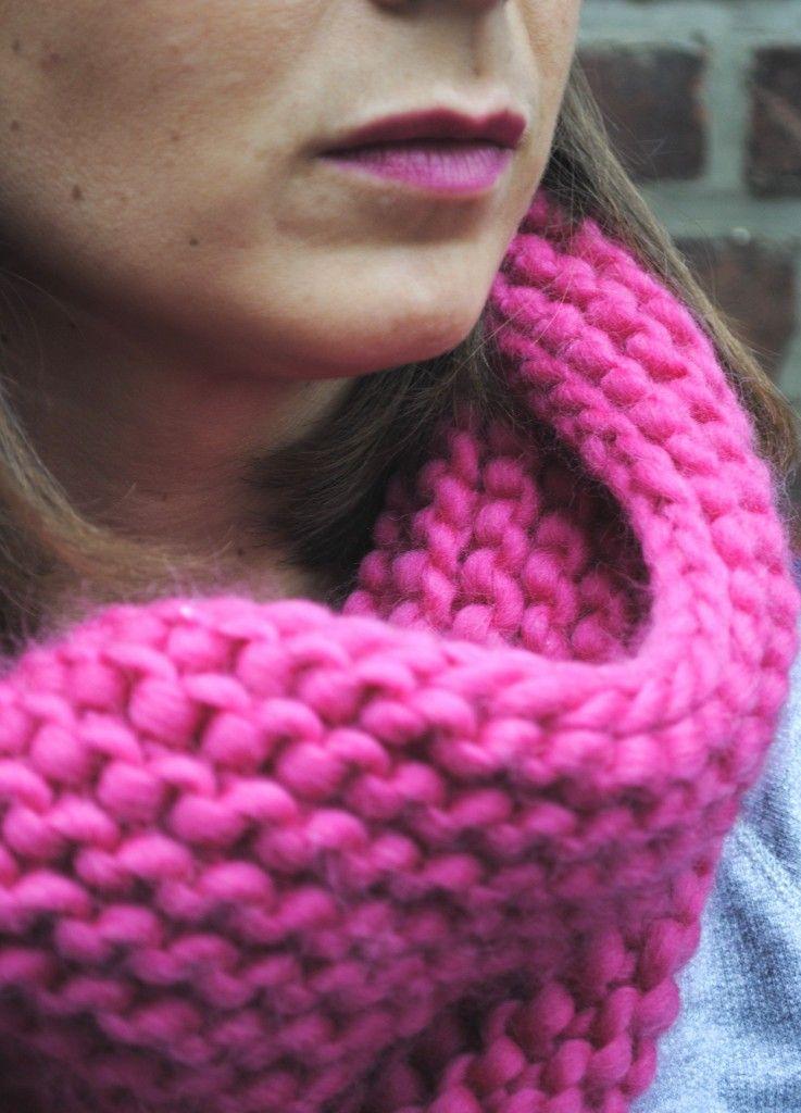 tricoter un snood rose