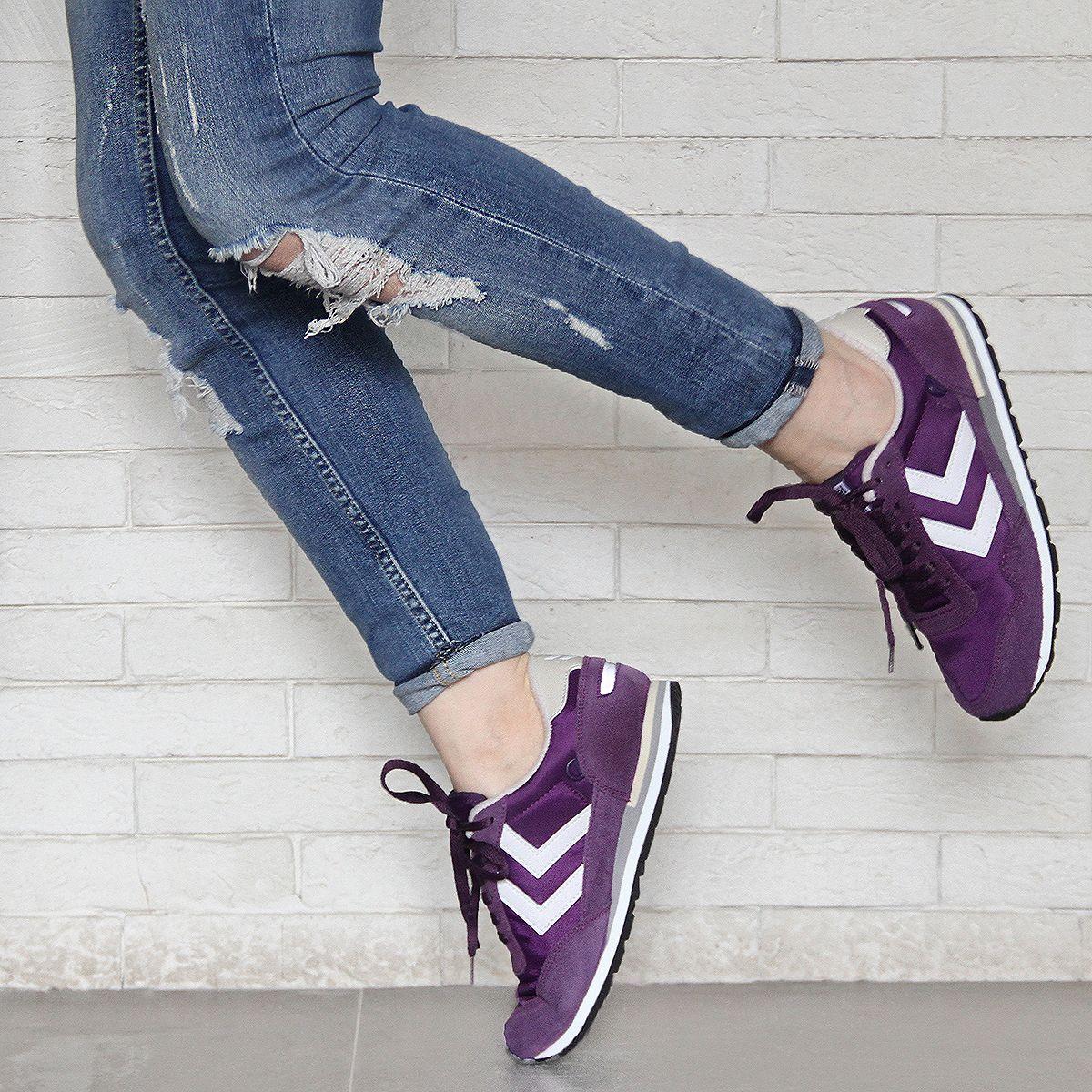 Hummel Photo Tugba Akdag Shoe Inspiration New Balance Sneaker Fashion