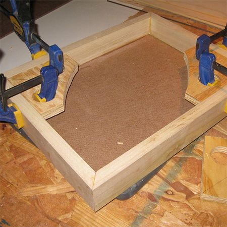 when you are making picture frames or projects that require corner clamping these homemade frame