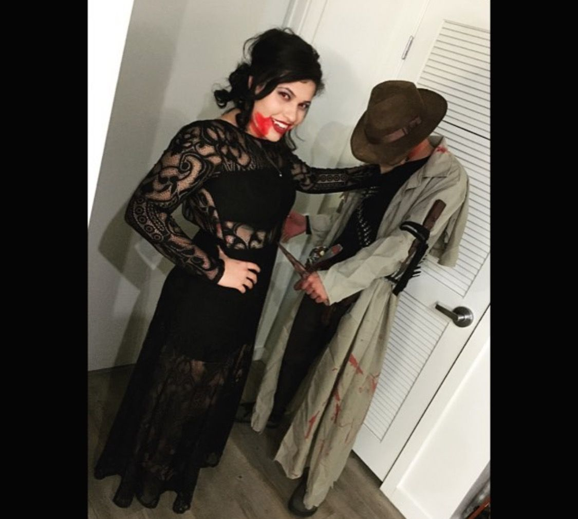 Vampire And Vampire Hunter Couples Costume #couplescostume