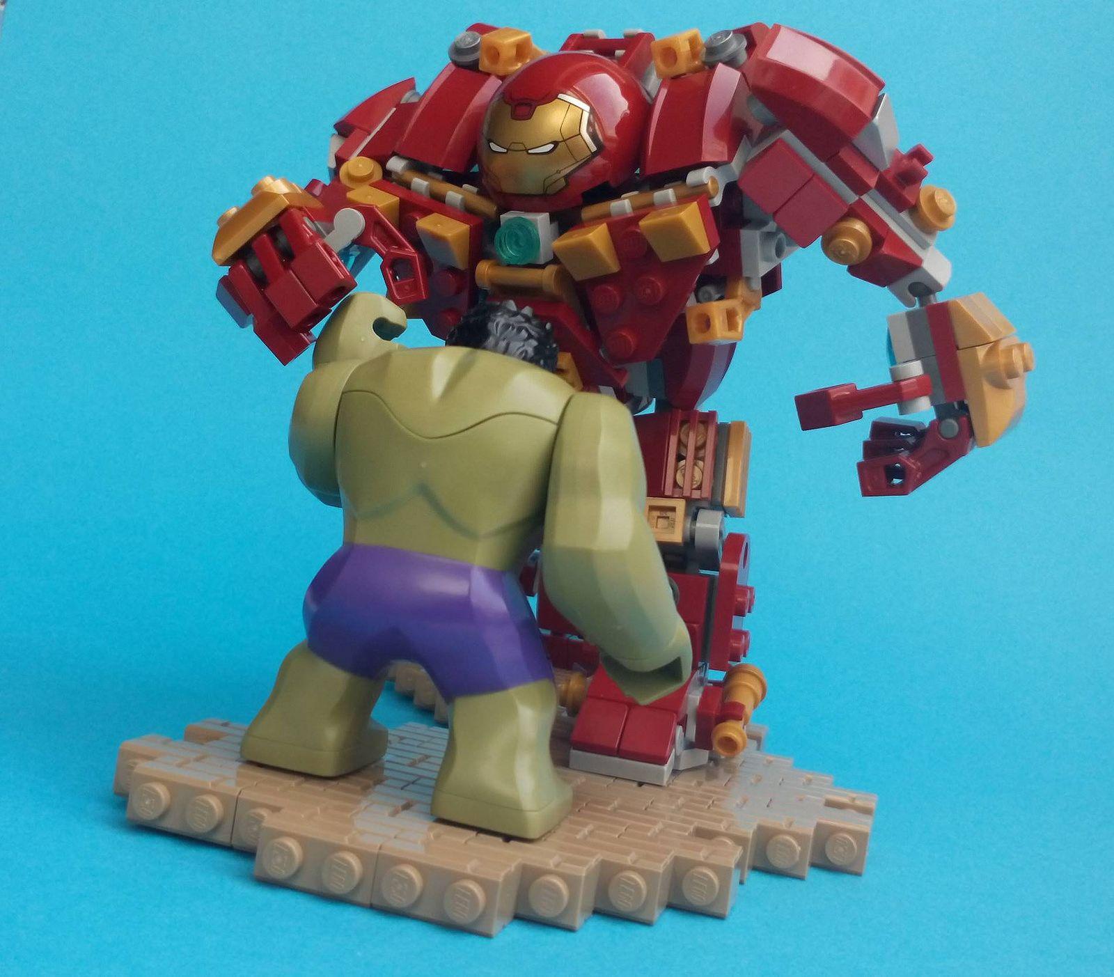 LEGO Avengers: Age Of Ultron - Hulk Vs. Hulkbuster ...